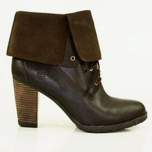 NWOT Timberland Stratham Heights ankle boots
